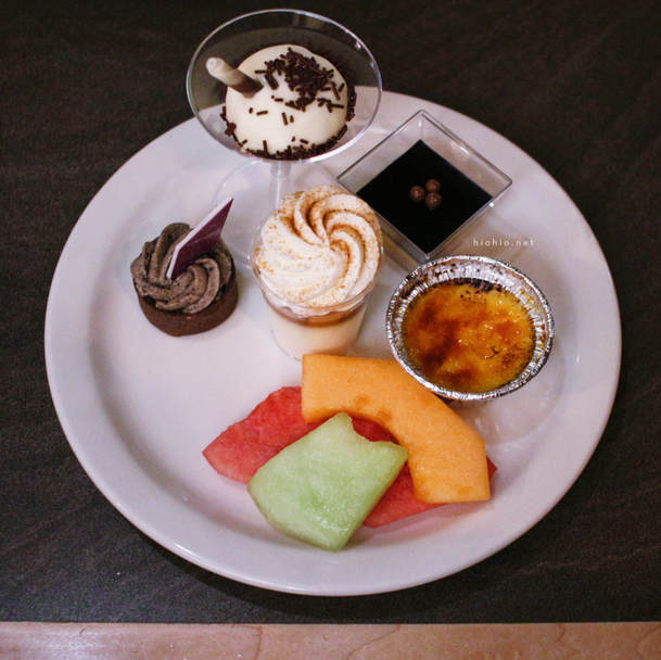 Eagles Buffet (Casino Arizona)- Desserts.