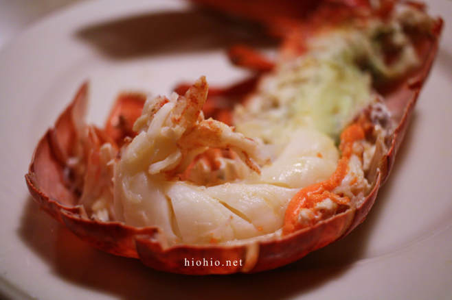 Fort McDowell Casino Arizona (Maine Lobster and Prime Rib All-you-can-eat Buffet) Red Rock Buffet.  Juicy Lobster meat closeup.